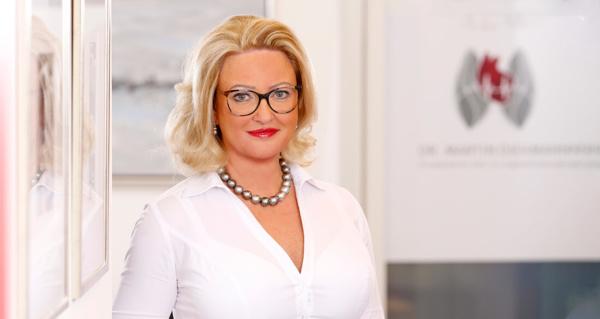 Dr. Alexandra Diekmann